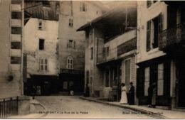 Beaufort 73 - La Rue De La Poste - Café Lacroix - édit Henri Vibert - Beaufort