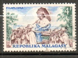 MADAGASCAR Filanjana 1965 N°411 - Madagaskar (1960-...)