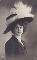 AK Frau Mit Hut Mit Schleife - Mode - Emden 1910 (44205) - Frauen
