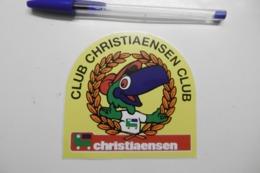 Autocollant Stickers - CLUB CHRISTIAENSEN CLUB - Animaux Oiseau Perroquet Dans Une Couronne De Lauriers - Stickers