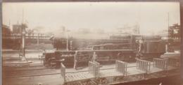 """Photo Ancienne : Locomotive à Vapeur """" LE BOURGET """"  : à Quai Avec Mécaniciens ( Format 12,7cm X 6cm ) - Eisenbahnen"""