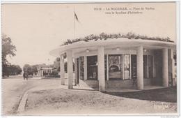 LA ROCHELLE PLACE DE VERDUN VERS LE SYNDICAT D'INITIATIVE TBE - La Rochelle