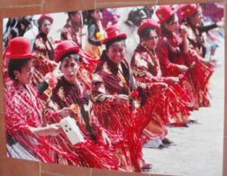 Photo Originale Femmes Amérique Du Sud En Costume Traditionnel -  20 Cm X 29.5 Cm - Personnes Anonymes