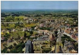 Carte Postale  46. Gourdon  Vue D'avion  Trés Beau Plan - Gourdon