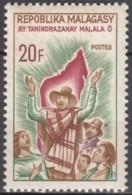 N° 425 - X X - ( E 228 ) - Madagaskar (1960-...)