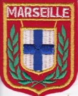 ECUSSON - TISSU BRODE  - MARSEILLE - Dimension: 5CMS X 6CMS - Patches