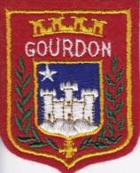 ECUSSON - TISSU BRODE  - GOURDON - Dimension: 5CMS X 6CMS - Ecussons Tissu