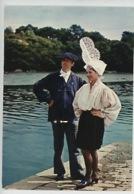 Les Sables D'Olonne : Groupe Folklorique Le Nouch, Coiffe Et Costume (couple) N°24/156/1 - Sables D'Olonne