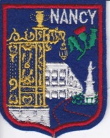 ECUSSON - TISSU BRODE  - NANCY - Dimension: 5CMS X 6CMS - Patches