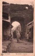 CPA - MAROC - Une RUE ... (carte Postée De Marrakech) - Marrakech