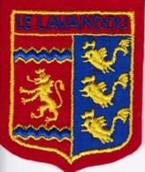 ECUSSON - TISSU BRODE  - LE LAVANDOU - Dimension: 5CMS X 6CMS - Patches