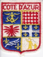 ECUSSON - TISSU BRODE  - COTE D'AZUR - Dimension: 5CMS X 6CMS - Ecussons Tissu