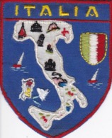 ECUSSON ITALIA - TISSU BRODE  - Dimension: 5CMS X 6CMS - Ecussons Tissu