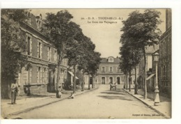 Carte Postale Ancienne Thouars - La Gare Des Voyageurs - Chemin De Fer - Thouars