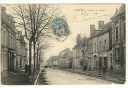 Carte Postale Ancienne Thouars - Avenue De La Gare - Thouars