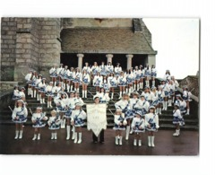 77 Mormant Les Alouettes Majorettes Majorette 1975 1er Prix Festival Rebais CPM Photo Prise Marches Eglise Bombon - Mormant
