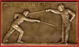 ** PLAQUE  ASSAUT  D' EPEE  -  COQ ** - Fencing