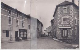 CPSM OUROUX DEPART DU CAR POUR LA GARE DE BELLEVILLE-SUR-SAONE - Francia