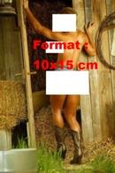 Reproduction D 'une Photographie Ancienne D'une Femme Nue Vêtue Que D'un Short Extra-court Et De Bottes Siantag - Reproducciones
