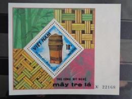 1986 BLOCY&T N° 32 ** - ARTISANNAT INDIGENE, OBJET EN BAMBOU ET ROTIN - Vietnam