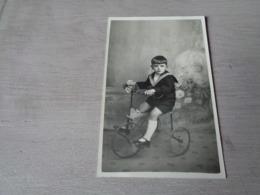 Enfant ( 3673 )   Kind   Fiets  Vélo   Driewieler  -  Carte Photo  Fotokaart - Kinderen
