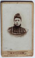 CDV Photo Portrait Jeune Femme Photographe Alphonse Leroy Lille 66 Rue Gambetta - Personnes Anonymes