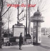 PHOTO ANCIENNE  STATION DE METRO ALMA MARCEAU (métropolitaine  Paris ) - Lieux