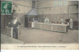 HAUTS DE SEINE : Issy Les Moulineaux, Institution St Nicolas, La Cuisine - Issy Les Moulineaux