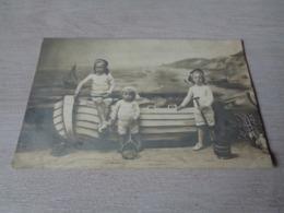 Belgique  België ( 1052 ) Heyst Aan Zee  Heist - Surrealisme Photo Trucage - Fotograaf Triebels - Carte Photo Fotokaart - Heist