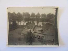 Photo Des Abattoirs De Nevers Annotée Au Verso Et Datée De 1920 - Lieux