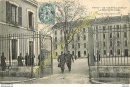86.  CHATELLERAULT .  La Caserne De Laage . - Chatellerault