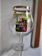 VERRE A BIERE - Pilsner Urquell - Hauteur : 15 Cm. C 22 - Glazen