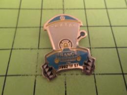 713a Pin's Pins / Beau Et Rare / THEME AUTOMOBILES / TEXTAR VOITURE POUBELLE ? 1992TF57 - Pins