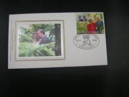 """BELG.1999 2828 FDC Soie/zijde (Arlon) : """" 40 Jaar Koninklijk Huwelijk / 40 Ans De Mariage Du Couple Royal """" - FDC"""
