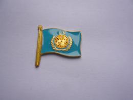 Pin S MILITAIRE ARMEE  A Voir - Militaria