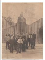 Photo Originale - Groupe De Japonais Devant Le Temple De Ôya à Utsunomiya - Lieux