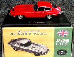 JAGUAR Type E Classic Sports Cars - NEUF Sous Blister & Boîte Carton - Cars & 4-wheels