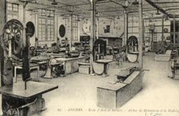 REPRODUCTION CARTE ANCIENNE - H11 - CARTES D'AUTREFOIS - MAINE ET LOIRE - ANGERS - ECOLE D'ARTS ET METIERS - ATELIER - Angers