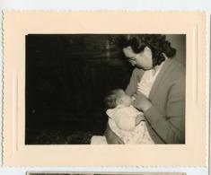 Femme Woman Allaitement Breastfeeding Bb Bebe Nouveau Né Sein Allaitant Breast Têtée Lait Maternel - Personnes Anonymes