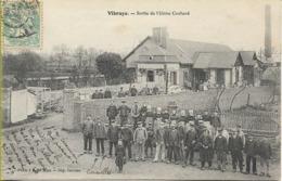 VIBRAYE  Sortie De L'Usine COCHARD (beau Plan Des Ouvriers) - Vibraye