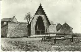 Latinne (Fallais) -- Chapelle D' Hosdent.   (2 Scans) - Braives