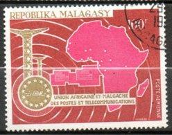 MADAGASCAR P Aérienne  Union Des Postes 1967 N° 102 - Madagaskar (1960-...)