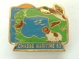PIN'S CHASSE MARITIME 62 - BECASSE - CHIEN - CANARD - Animales