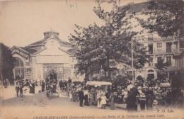 Châlon-sur-Saone La Halle Et La Térrasse Du Grand Café Circulée En 1917 - Chalon Sur Saone