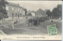 Houyet Lez Dinant-Entrée Du Village. - Houyet