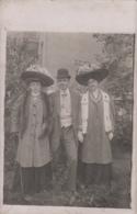 Mode - Carte-Photo - Femmes Homme - Chapeaux - Oblitérations 1908 Renaix Pecq - Mode
