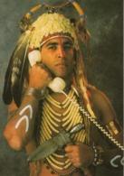 INDIEN Avec Un Téléphone - Native Americans