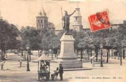 Thème  Métiers .    Marchand De Glace Ambulant .   33   Bordeaux       (voir Scan) - Métiers