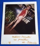 Vintage SEXY PIN-UP GIRL Photo - POLAROID Portrait - Hübsche Junge Frau, Jolie Jeune Femme, Pretty Young Woman [19-850] - Pin-Ups