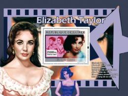 Guinea 2007 MNH - CINEMA: American Stars Females: Elizabeth Taylor. YT 659, Mi 4988/BL1322 - Guinea (1958-...)